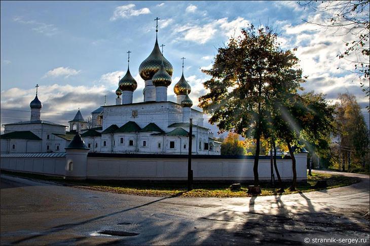 Достопримечальность в Угличе - Свято-Воскресенский мужской монастырь