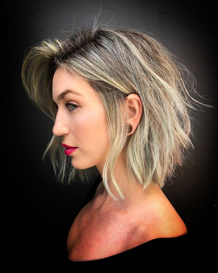 Новогодние укладки для коротких волос 2019 фото 7
