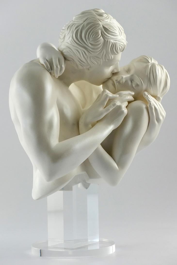 Yves Pires - Sculptures : Le Baiser Nacre
