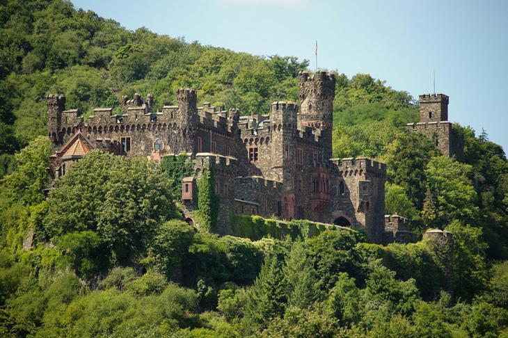 Замок Рейнштайн, Германия. Построен в 1316 году. европа, замки, история, средневековье