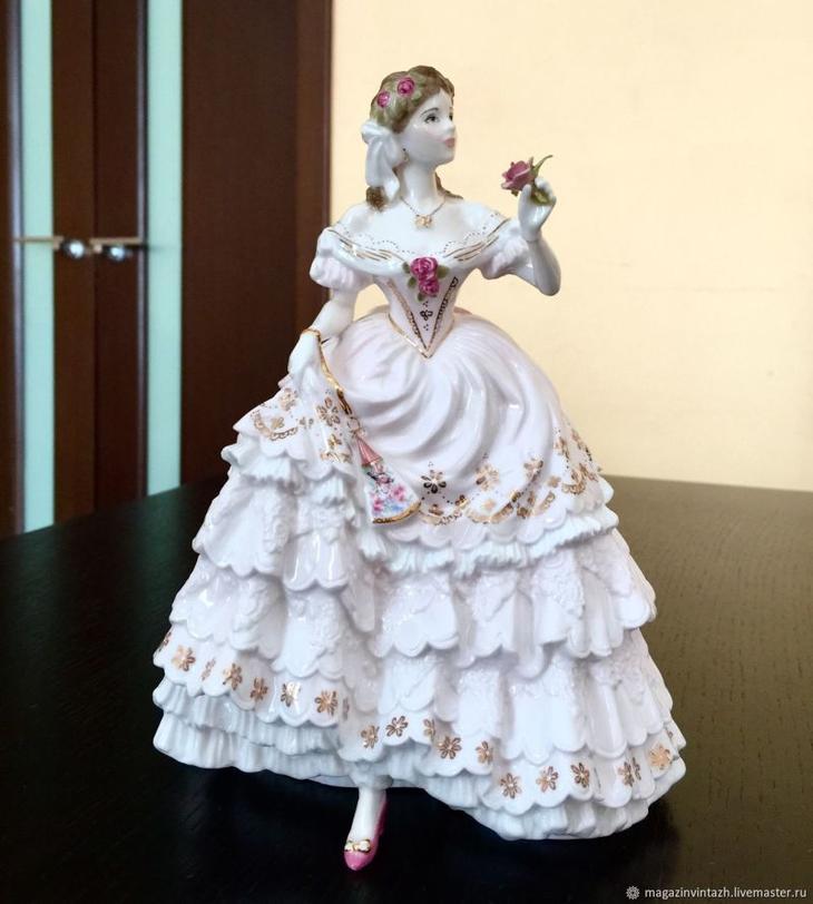 f2a9572ffc73e3f5ce1a95b43fvf-vintazh-royal-worcester-statuetka-viktorianskie-baly