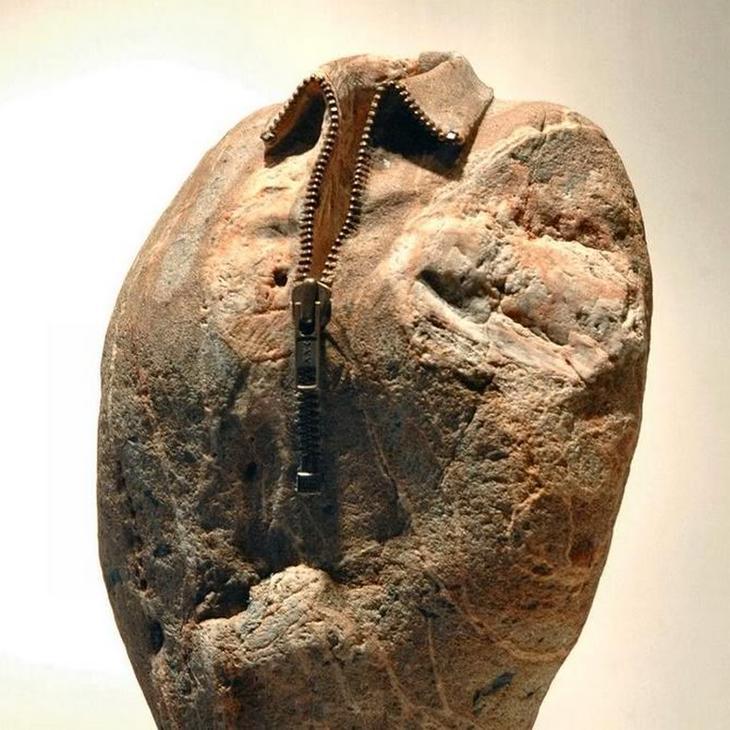 Скульптура из камня Хиротоши Ито (Hirotoshi Itoh)