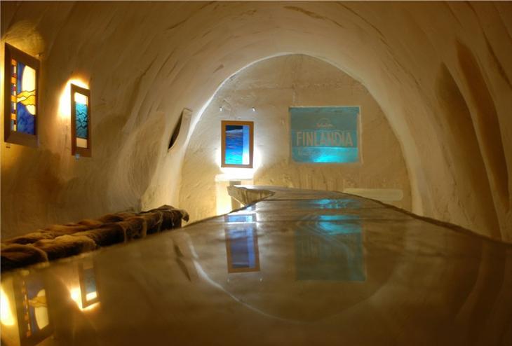 Ледяной замок-отель в Финляндии. Фото