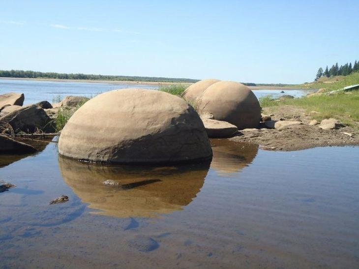 Сферические Галфедьские камни (Шаровидные конкреции в реке Ижма) бобовины, геология, земля, камни, конкреции, чудо
