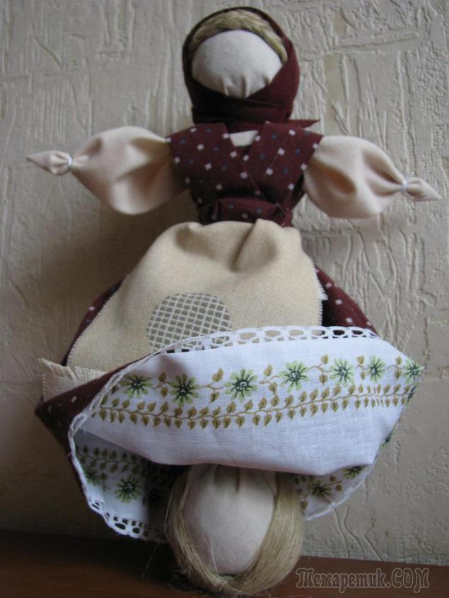Делаем традиционную куклу-перевертыш «Девка-баба»
