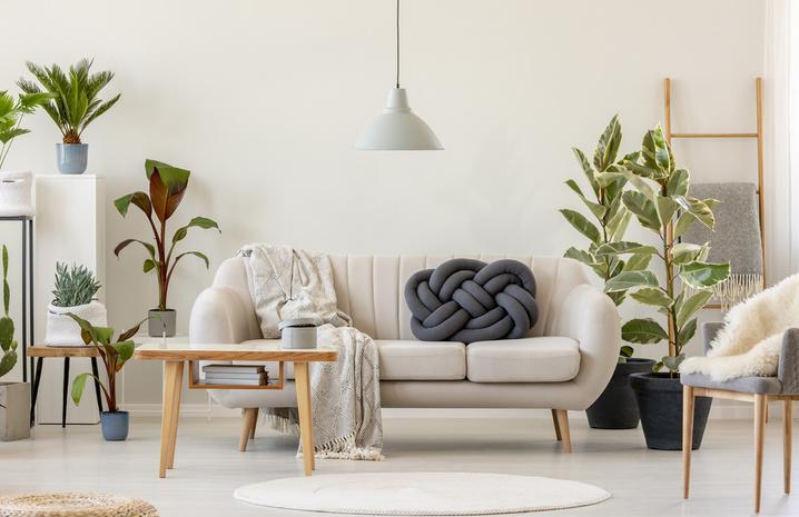 Плетеные подушки своими руками: оригинальные идеи для домашнего уюта