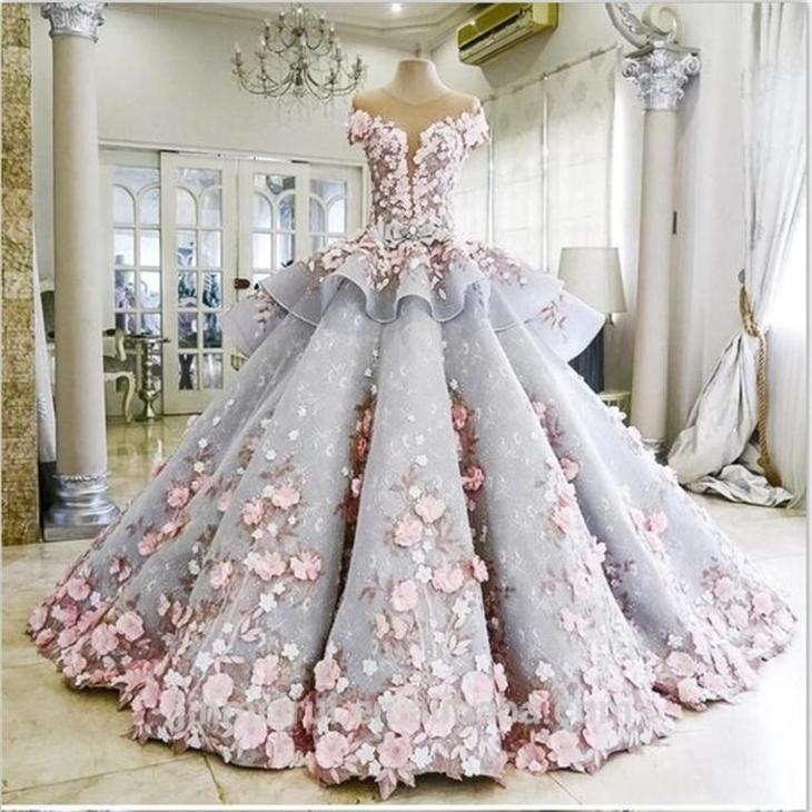 Самодвижущееся свадебное платье интересное, люди, мистика, необычное, поступки, странности, факты, явления