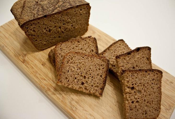 Маски для волос из черного хлеба