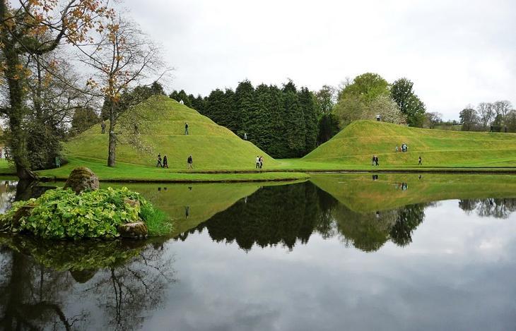 -Сад-Вселенная Чарльза Дженкса. Шотландия. Фото