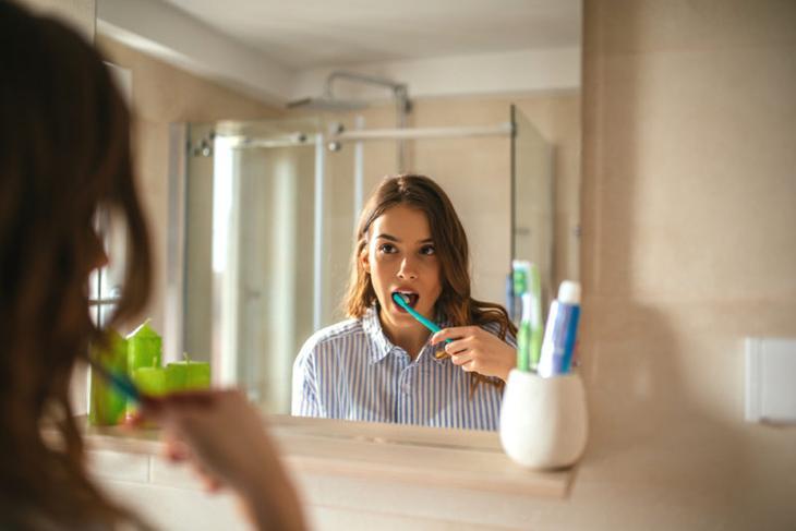 9 мифов о зубах, в которые надо перестать верить. Изображение номер 3