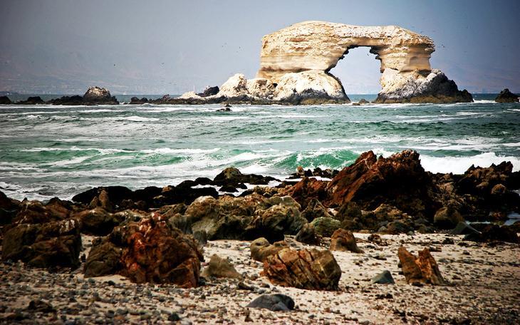 Арка Ла Портада Чили. Создано самой природой. Невероятные природные арки. Фото с сайта NewPix.ru