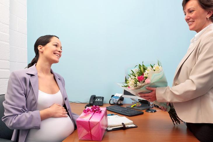 Сколько нужно проработать, чтобы уйти в декрет? Права беременных на работе по трудовому кодексу