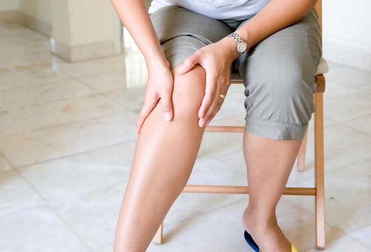 слабость в ногах при ходьбе причины