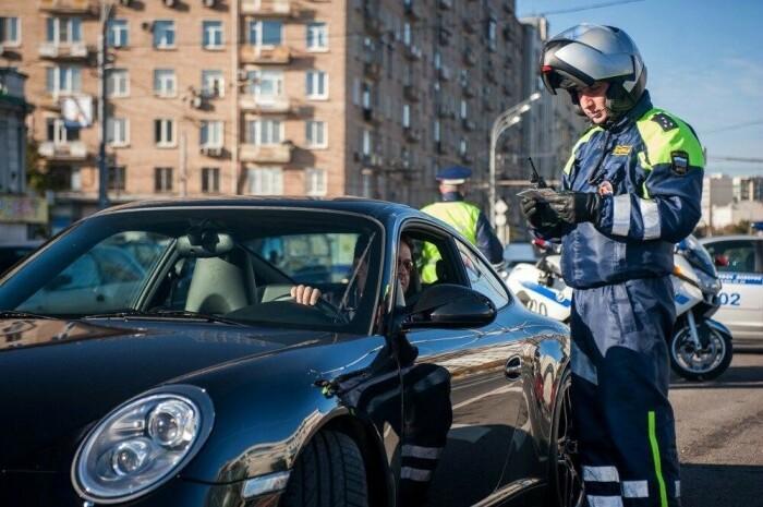 Что нужно знать о требовании полицейского предоставить ему транспортное средство