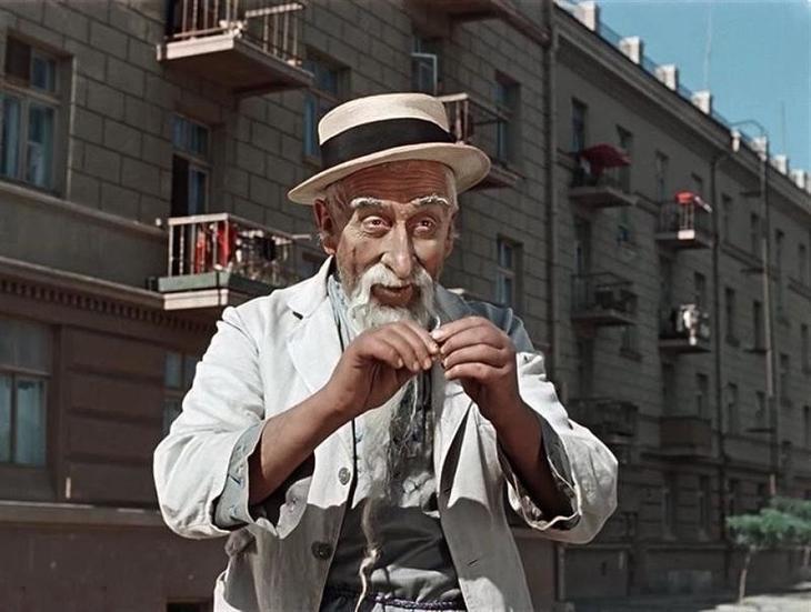 Так как Хоттабыч был родом с Ближнего Востока – борода была для него необходима Джинн, Старик Хоттабыч, дом кино, интересное, история, кино, факты, фильм