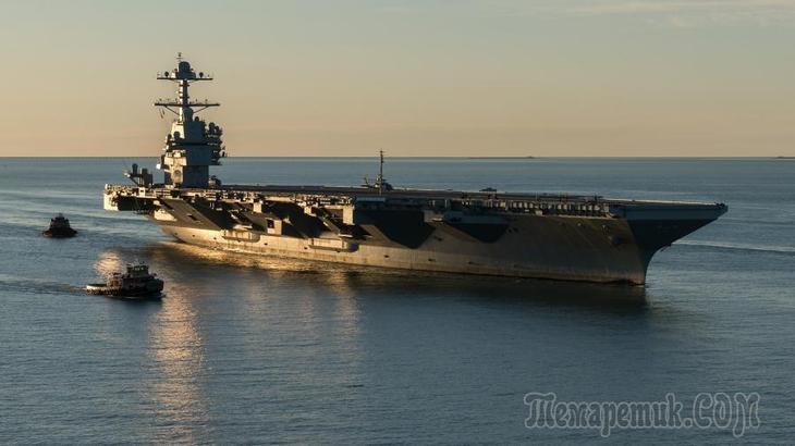 ВМС США не смогли защитить авианосцы от торпед