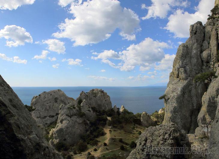 Крым. Веселое - Новый Свет. 1 Веселое - мыс Чикен (вершина Космос)