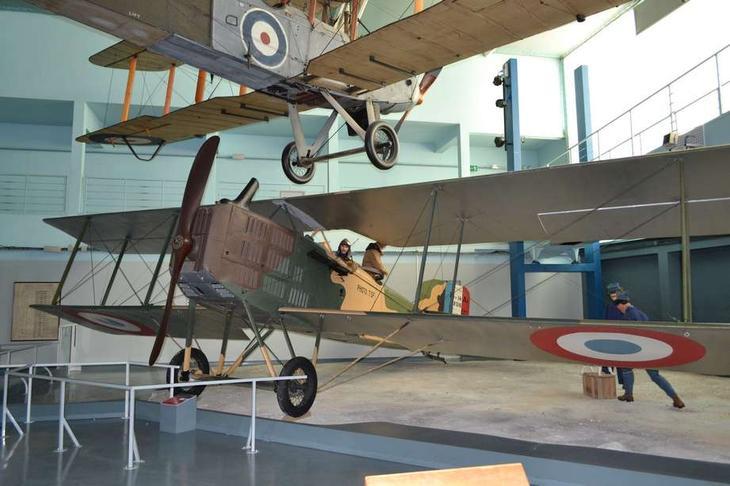 «Французский взгляд» на то, как должен был выглядеть самолет непосредственной поддержки войск в годы I мировой войны – Тип XIV конструкции Луи Бреге.Он также продолжил службу и после войны – и в метрополии, и во французских колониях. Множество таких самолетов было продано другим странам и частным лицам