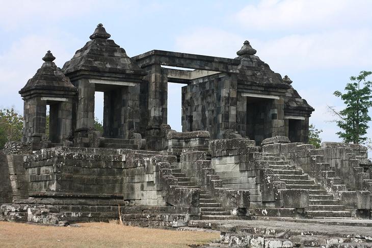 Храм Рату Боко