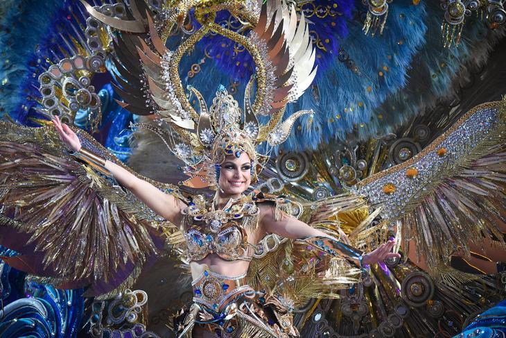 Карнавал в Санта Крус де Тенерифе loverme
