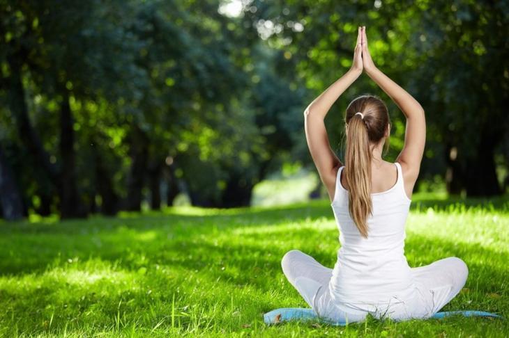 Йога при ишиасе седалищного нерва, растяжка