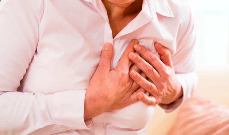 Сердечная недостаточность – одна из причин отечности ног