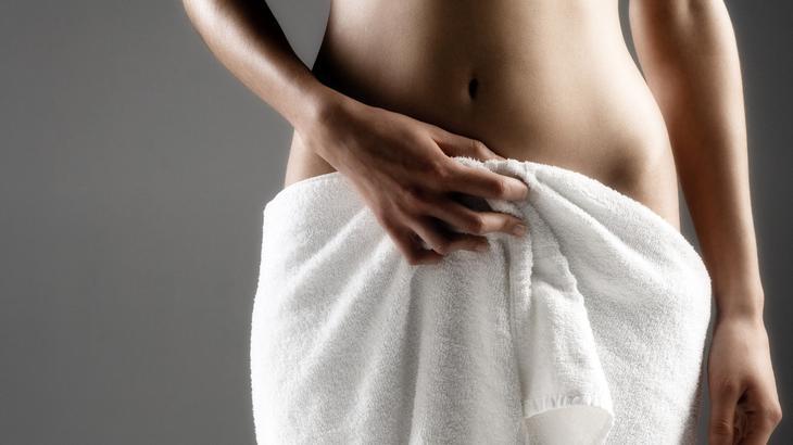 Зуд и жжение в интимной зоне у женщин: причины дискомфорта и способы лечения